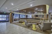 Spring-Hill-Suites-Hilton-Head-Lobby-1-min