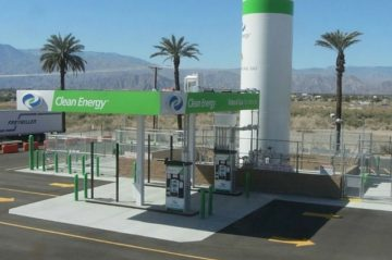 Clean Energy Retail Fueling Exterior