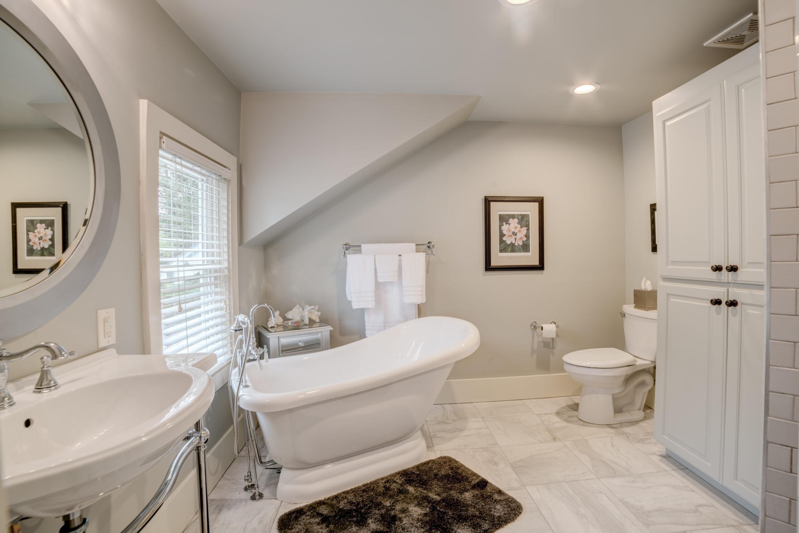 Tryon Builders Historic Carter Brown home renovation bathroom 4
