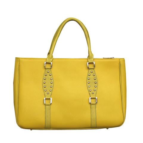 spring fashion trends barcelona bag