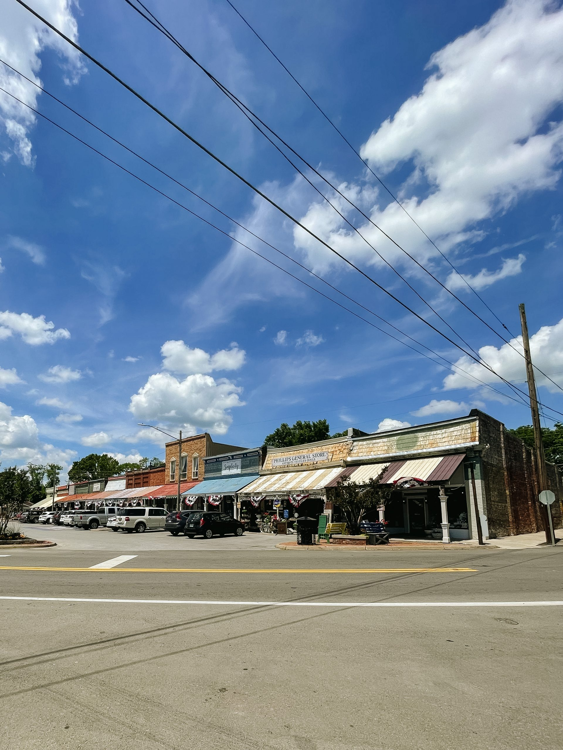 Bell Buckle Tennessee travel guide visit angela lanter