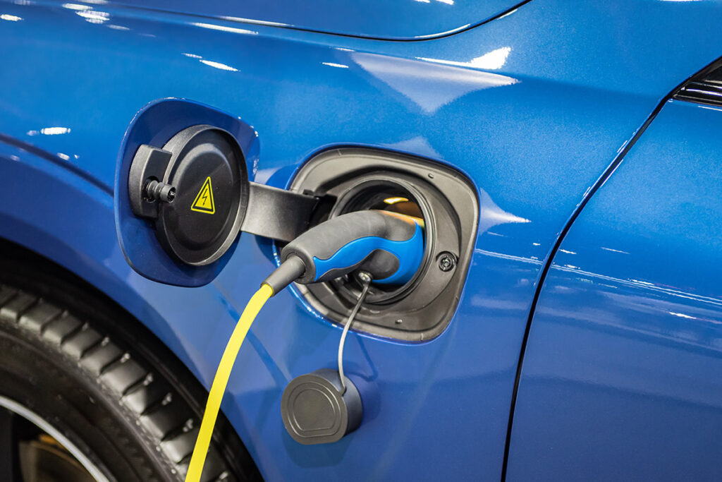 Climate Channel : electric vehicles (EV) chargers
