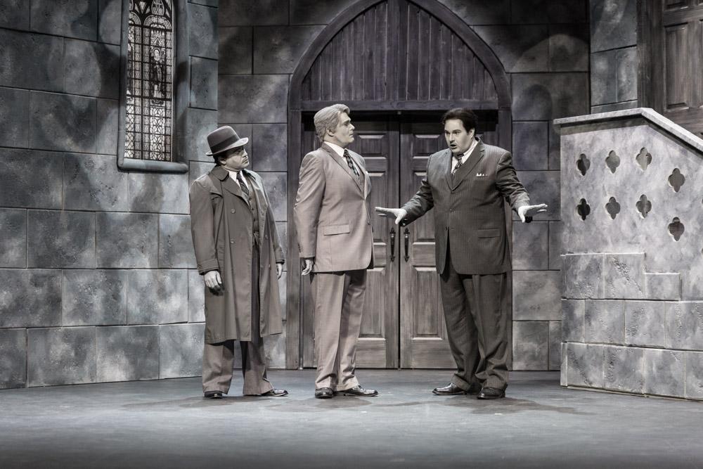 Death is a Bad Habit - Pegasus Theatre_E41A3580