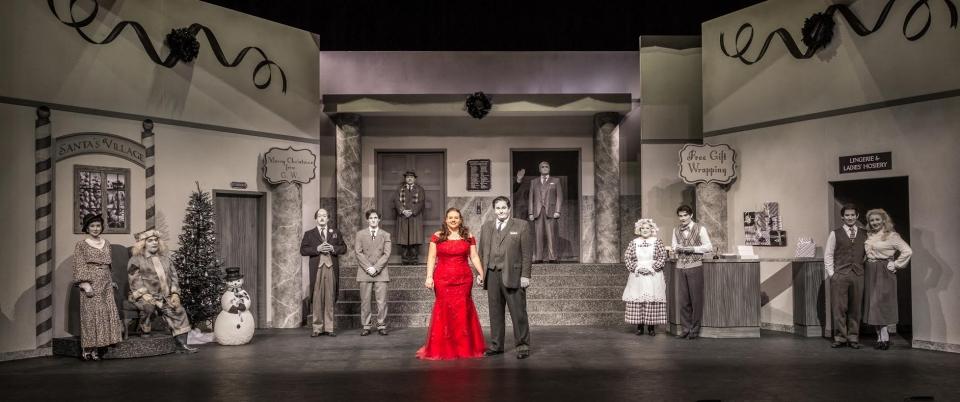 It's Beginning to Look a Lot Like Murder-Pegaus Theatre-Theater Jones-Photo credit Alan Abair-3