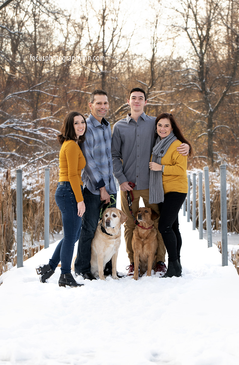 Family Portraits Winter Pets | Focus Photography by Susan