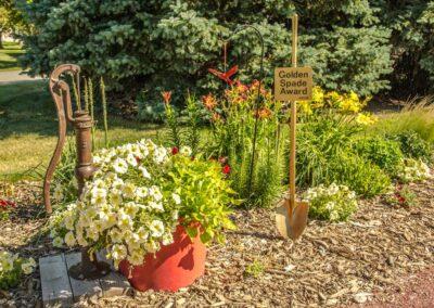 the-residency-ne-garden-bed