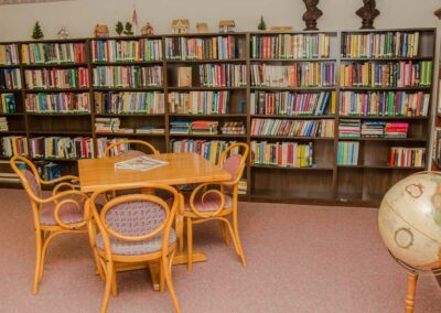 the-residency-ne-library-2