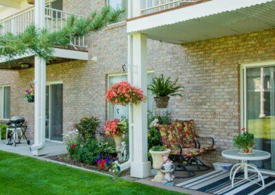 the-residency-ne-patio-4