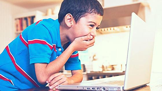 कंप्यूटर मे अपने बच्चो की इंटरनेट इस्तेमाल को कैसे मॉनिटर करे?