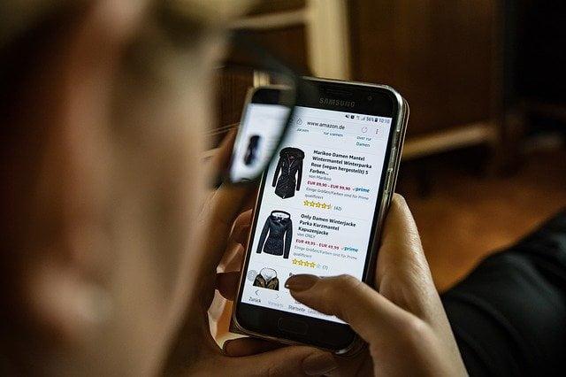 Online Shopping पर निबंध (1000 Words)