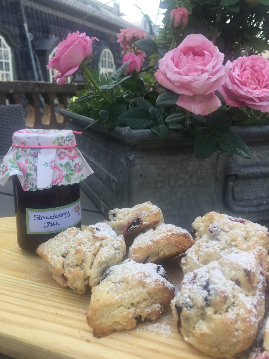 foraged blackcurrant scones with fabulous strawberry jam
