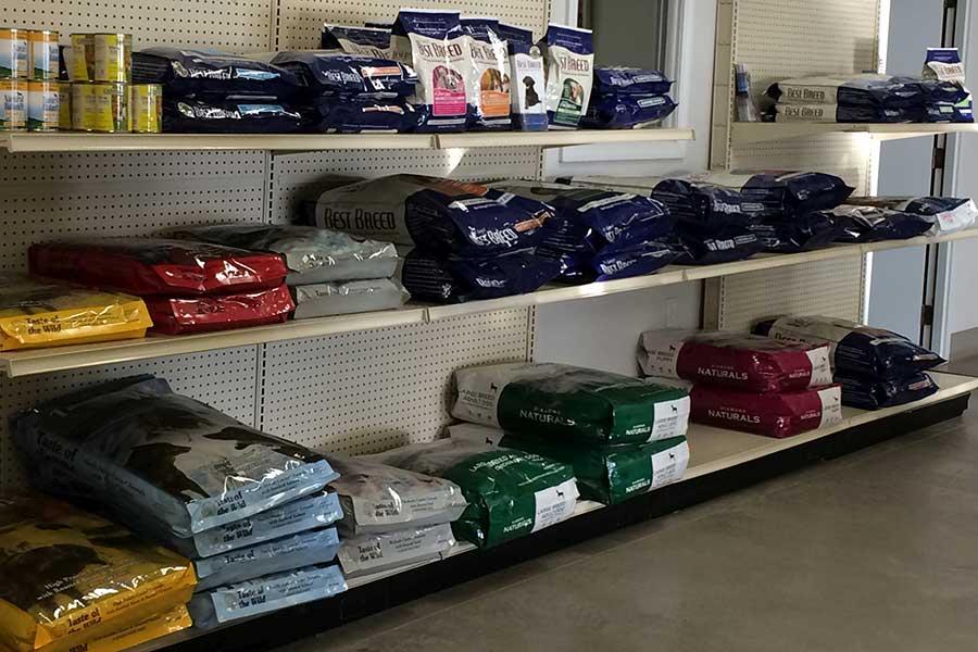 Oak Harbor Pet Haven_Food_showroom