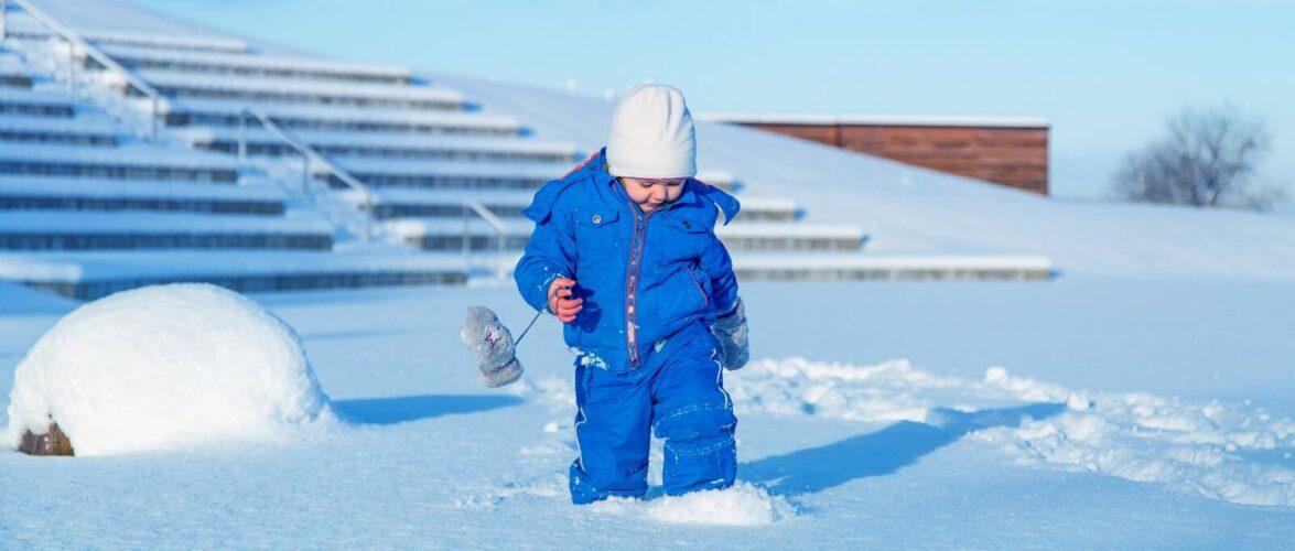 Mães no Canadá: Cuidados com a saúde das crianças no inverno canadense