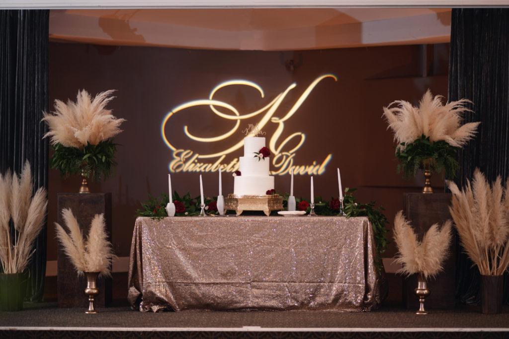 wedding cake, wedding name light