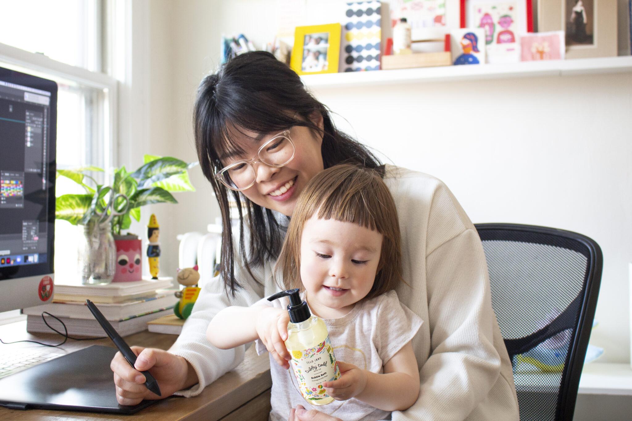 Asahi Nagata with her daughter