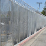 chain-link-barb-wire2