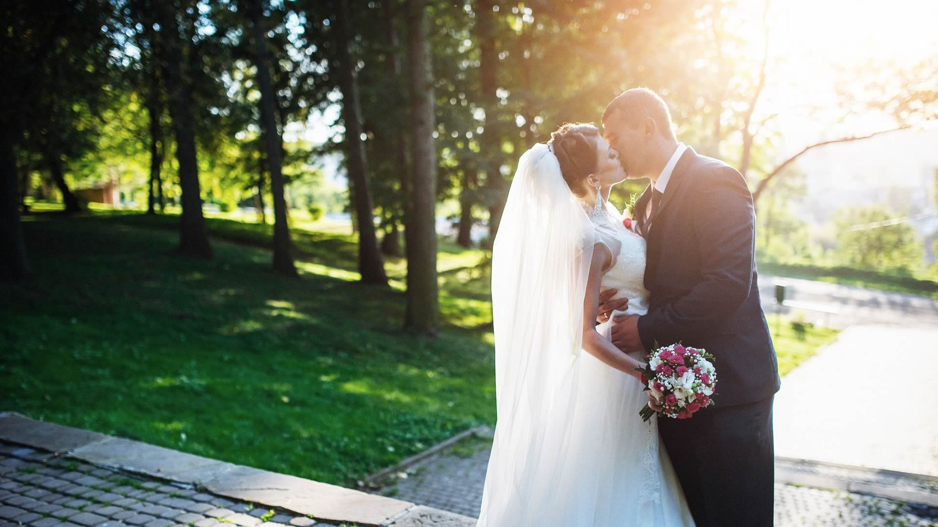 Nashville TN wedding officiants Sensational Ceremonies
