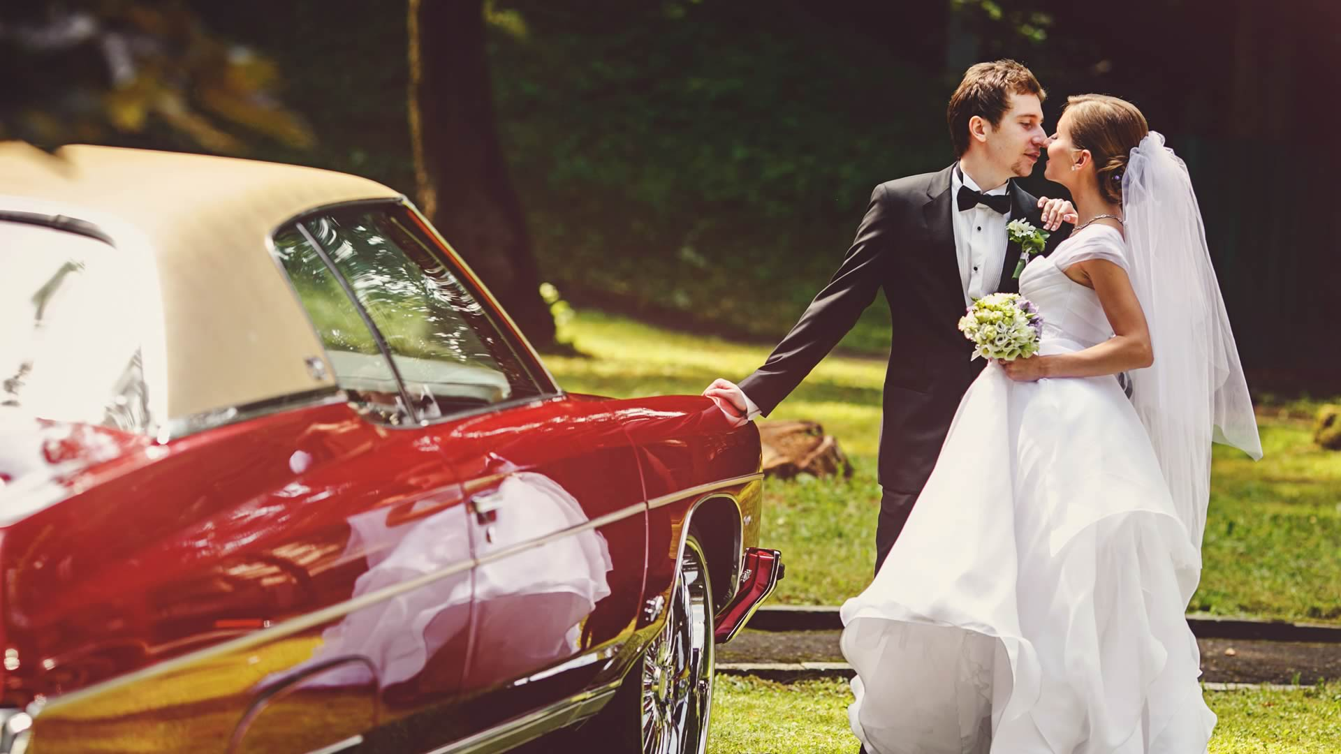 Cincinnati wedding officiants Sensational Ceremonies