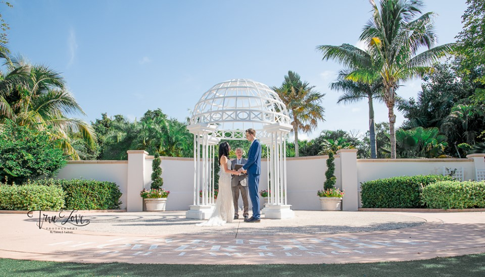 SC Officiant Rick Lackore at Florida Botanical Gardens