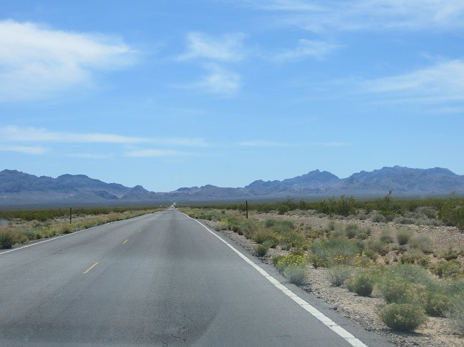 Interesting drive, we are going to the Valley of fire, but headed straight into the mountains. – Different definitions of valley than mine.
