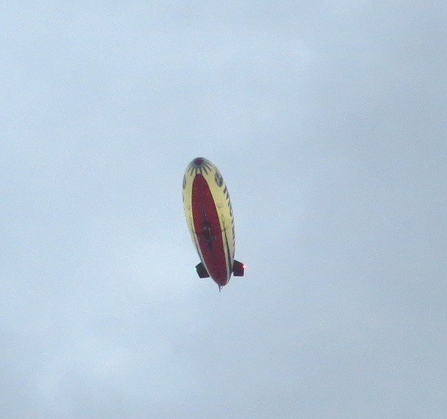 That's it! Follow the blimp! Blimps always know the way to the buffet!