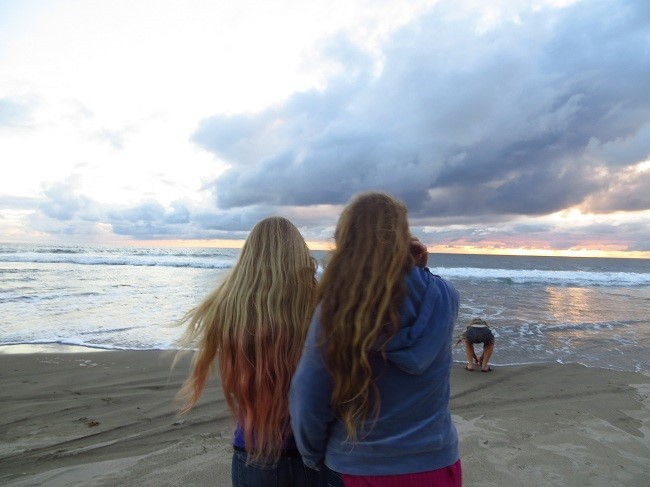 We have to leave soon, so Athena and Holly are considering our next city. Honolulu is high on their list.  It is such a small area, I doubt there are many campgrounds there, and there are not many fuel stops along the way. I sure hope they reconsider….