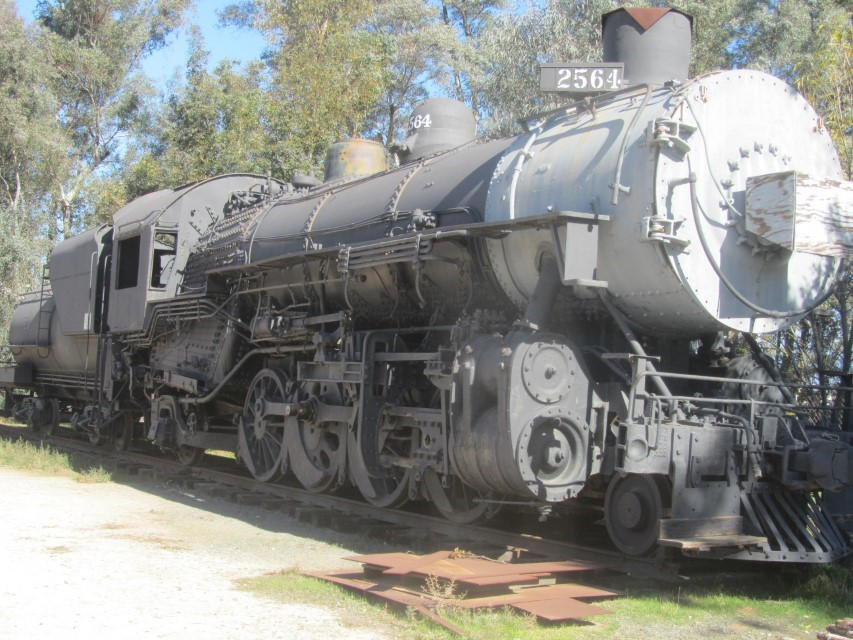 Awesome engine, it is missing a lot of bolts, but the railroad museum plans to fix it.