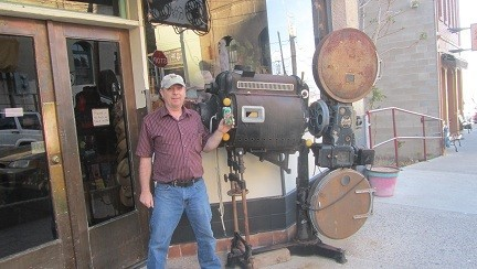 What is this thing? Maybe it is a historic time travel device, bet it will run on Dew... Hmm, that was a bad idea, think we will leave town now,