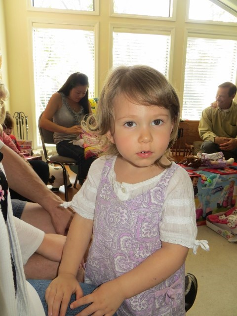 My niece Makayla belongs to my sister Marnie. She is 2.5 years old now. We were at her first birthday not long ago.