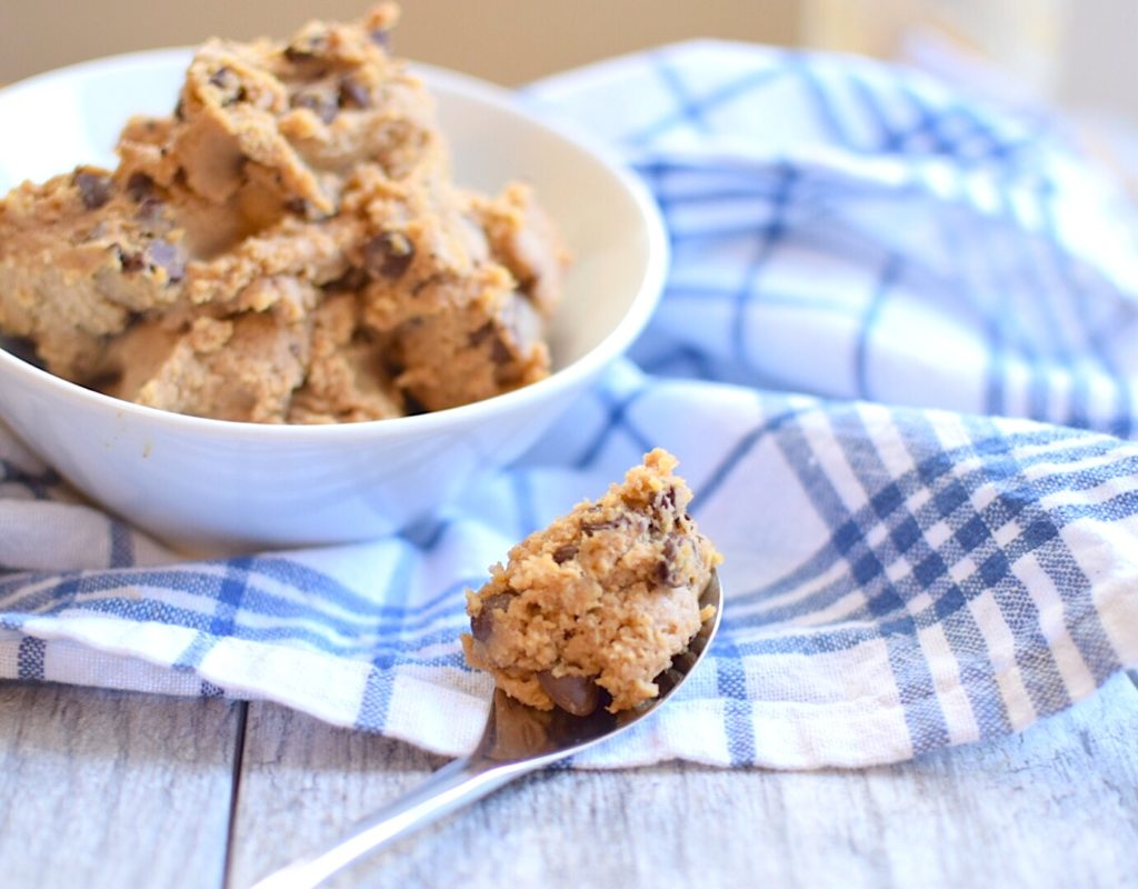 chocolate chip cookie dough hummus