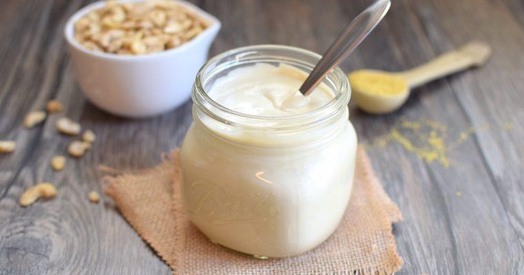 Easy Vegan Sour Cream