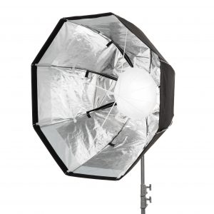 Internal 3D Baffle enables Snapbag sidewalls to reflect light outward, for ultra-even spread