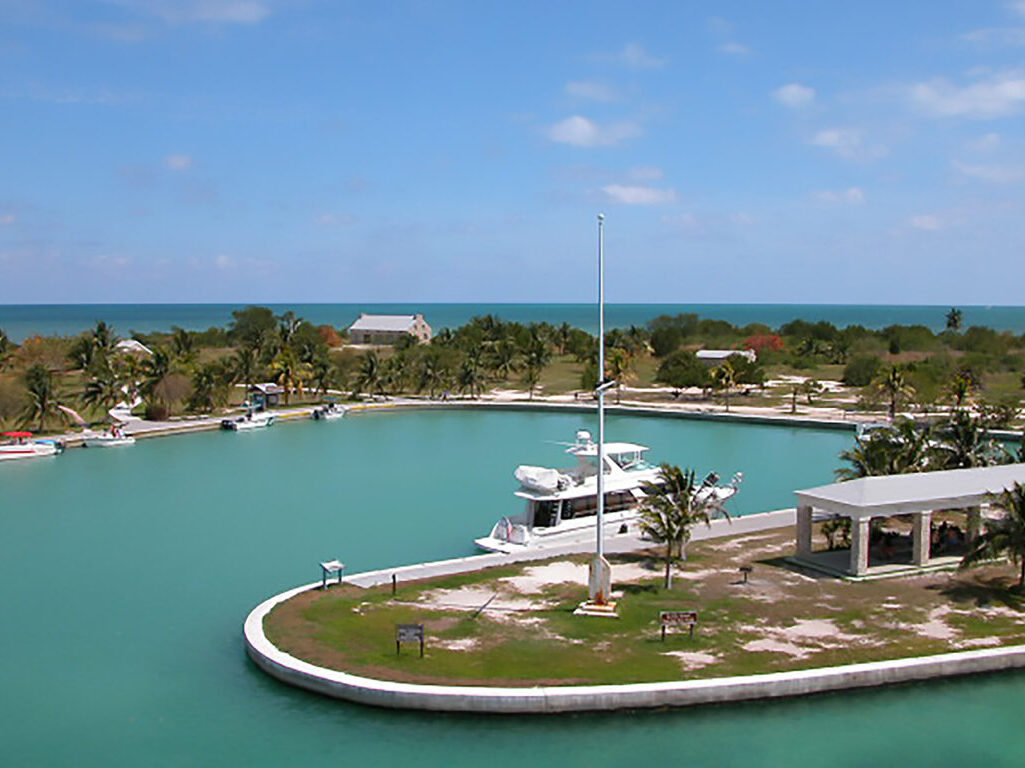 kayak to Boca Chita in your sailing charter