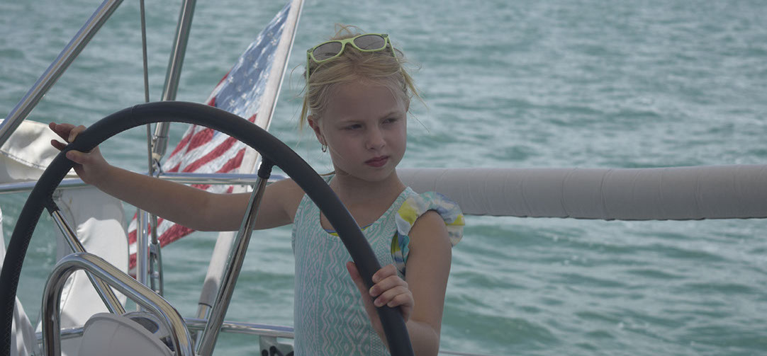 Sailing charters in Miami with children