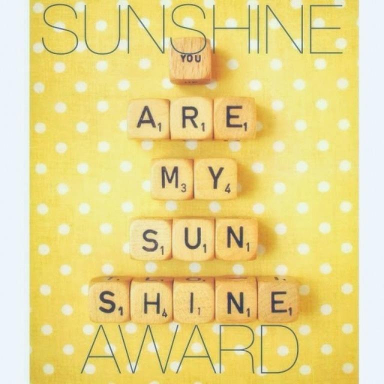 sunshine_blogger_award_b