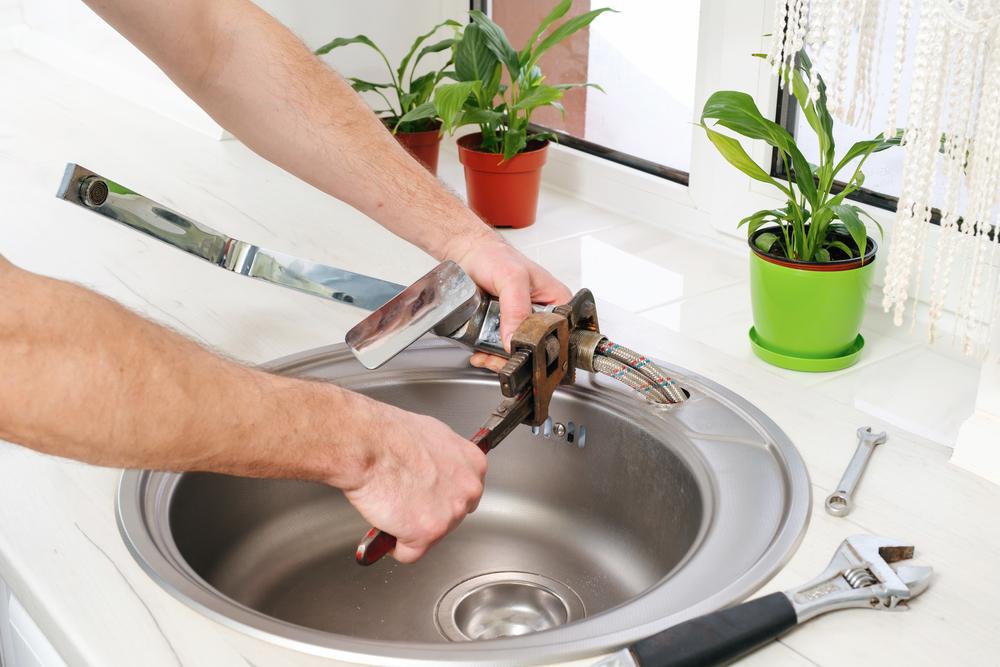 Faucet Repair and Replacement
