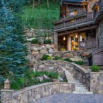 Vail-Mountain-Elegant-boulder-landscape-with-flagstone-stairs