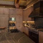 Beaver-Creek-mountain-modern-rift-cut-white-oak-cabinets-kitchen