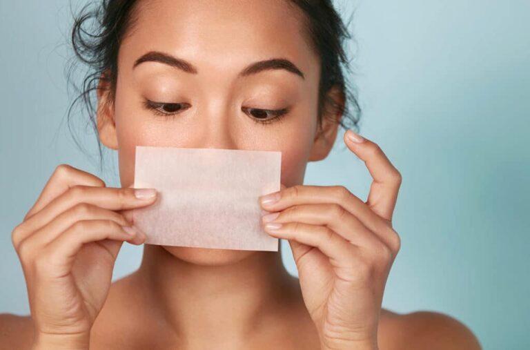 吸油面紙越吸越油?肌膚還會變乾燥?吸油面紙這樣用!輕鬆跟油光說掰膚質立馬level up