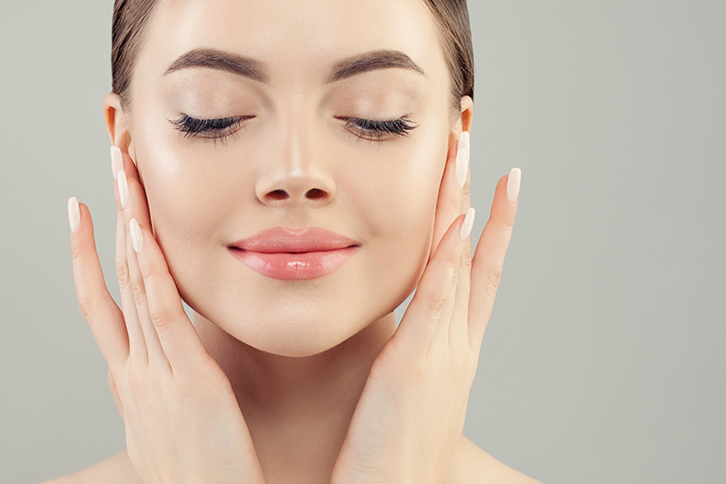 Microneedling: The Natural Alternative  for Anti-Aging Skincare