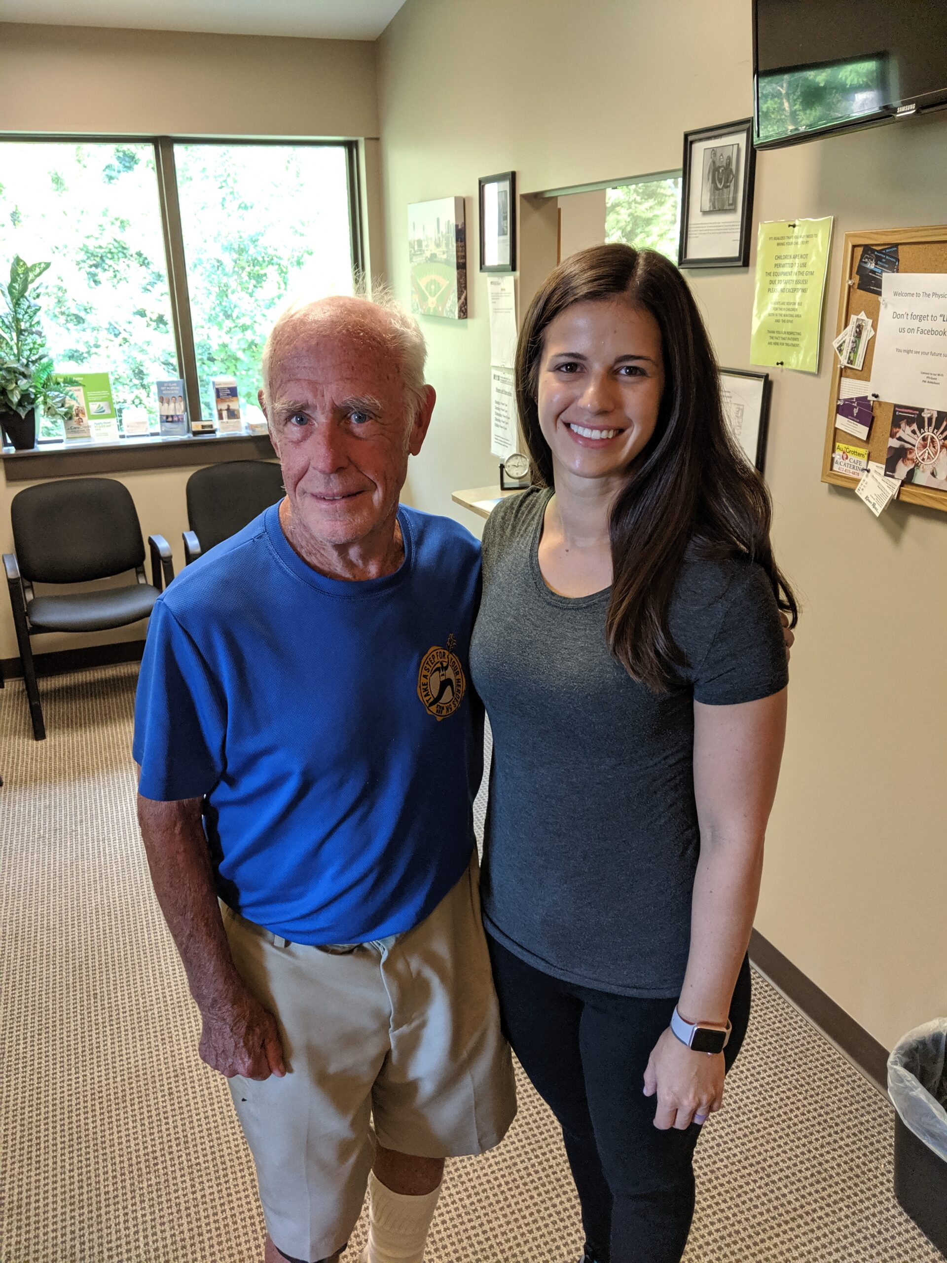 Patient with Mount Lebanon Physical Therapist