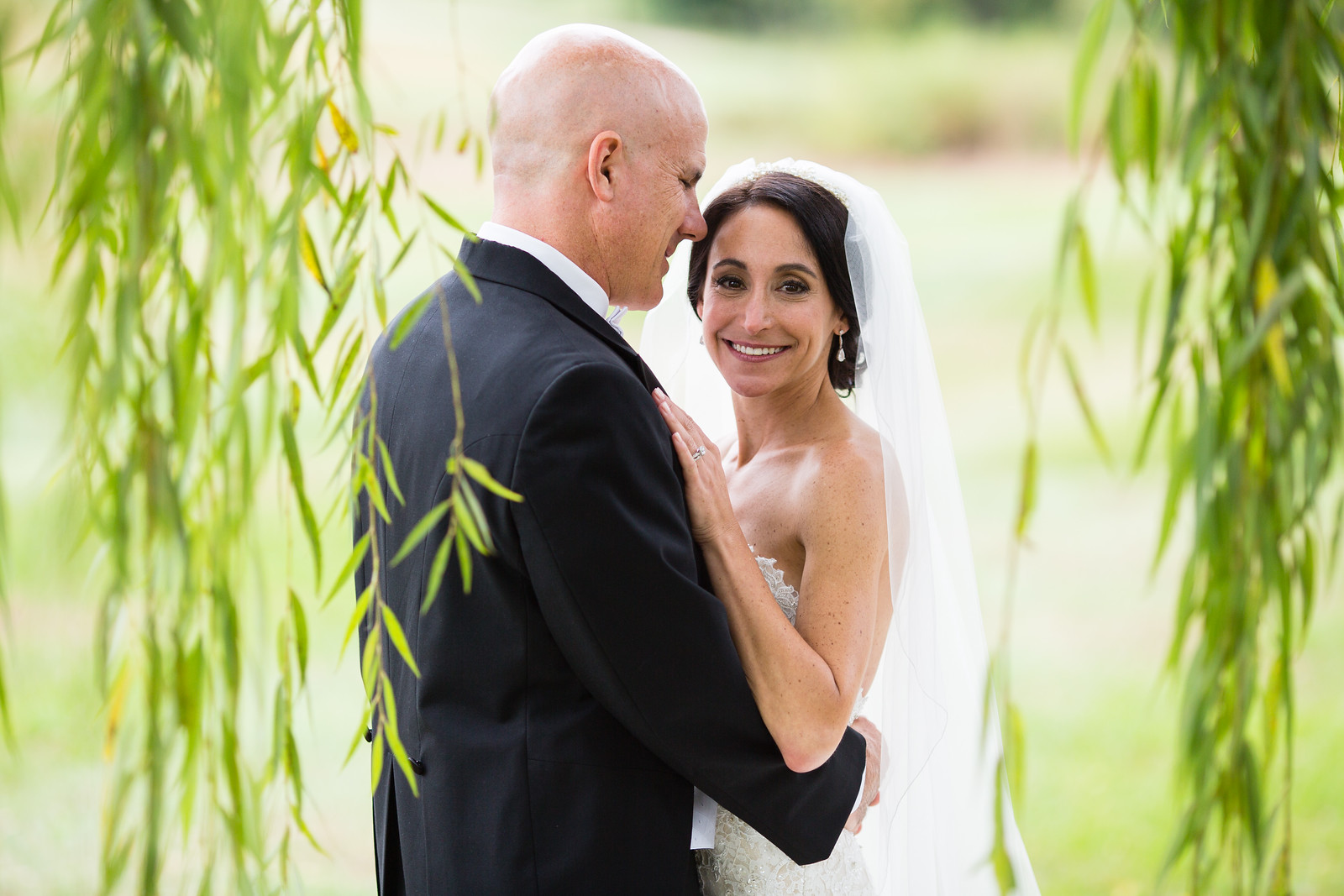 bride and groom outdoor wedding ceremony by perfect planning events