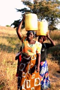 Women drawing water Kukaya
