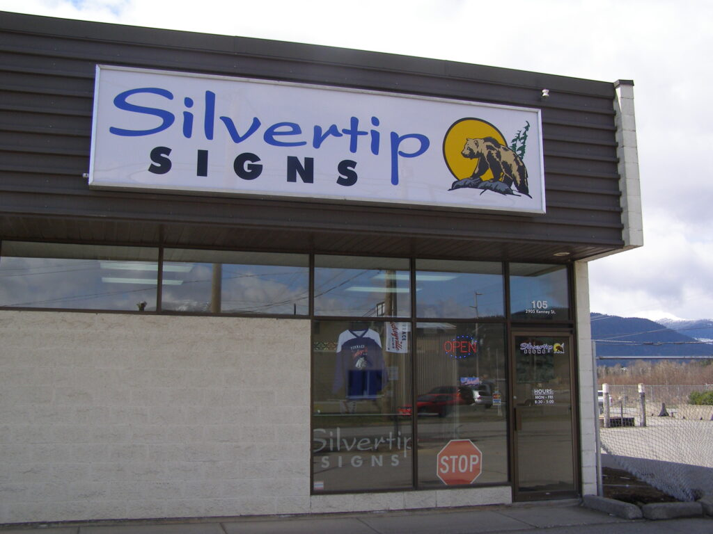Building with Silvertip Signs sign