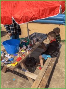 Enjoying Arts and Crafts at Grand View Campground