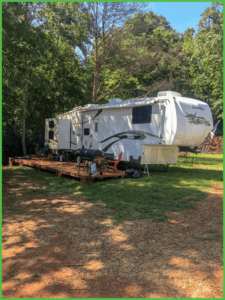 Camp Beside the Creek at Grand View Campground
