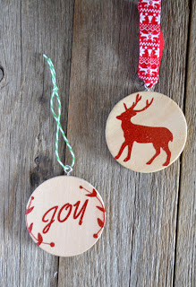 https://poofycheeks.com/2014/11/handmade-christmas-ornament-diy.html