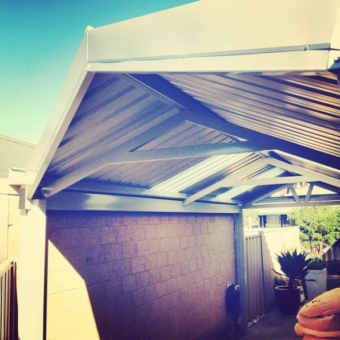 Colorbond gable patio with a 45 degree end