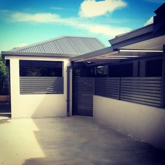 Hipped colorbond carport
