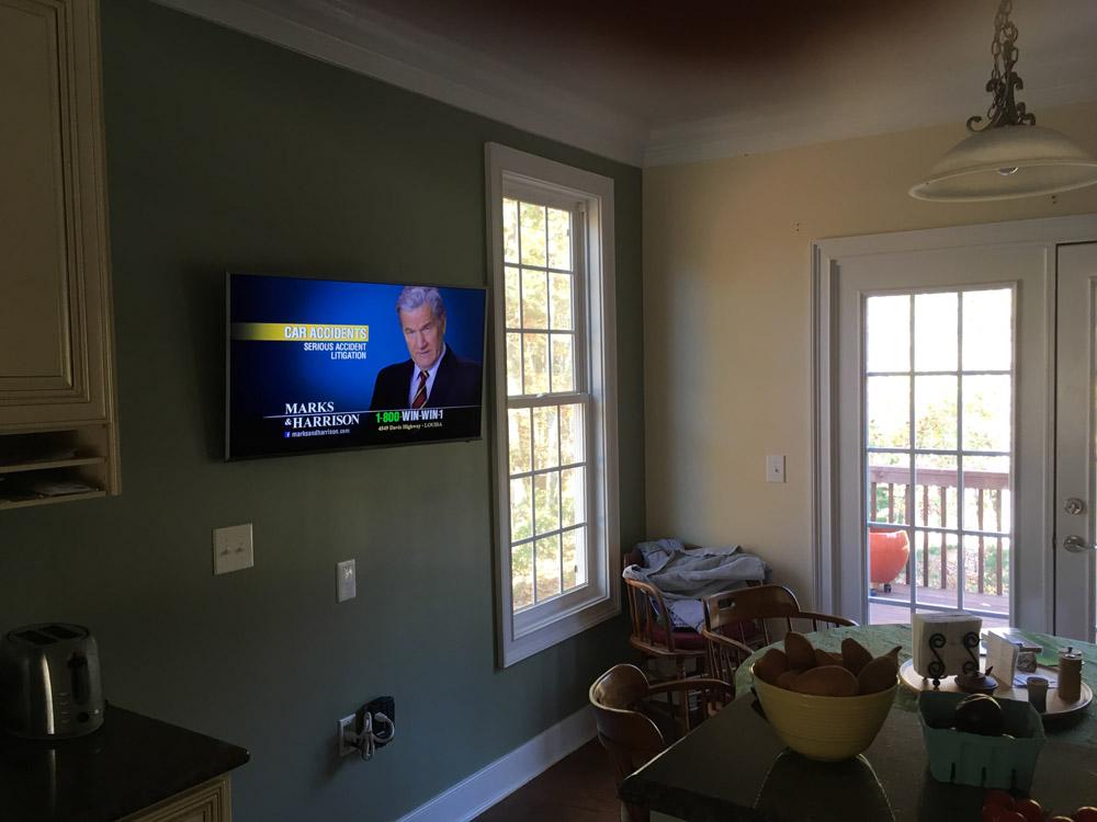 Lynchburg VA Flatscreen TV Installation